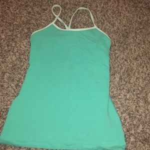 Blue Lulu lemon athletica top w/ built in bra